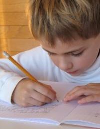 barn-som-skriver